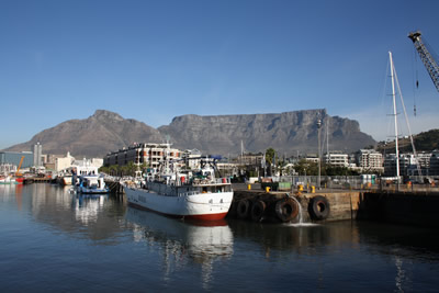 Cape TownVictoria and Alfred Waterfront Table Mountain View